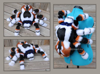 Blue Faced Jumping spider: Plushie Backpack