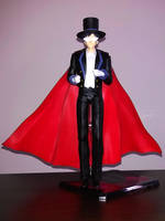 S.H. Figuarts Tuxedo Mask by nover