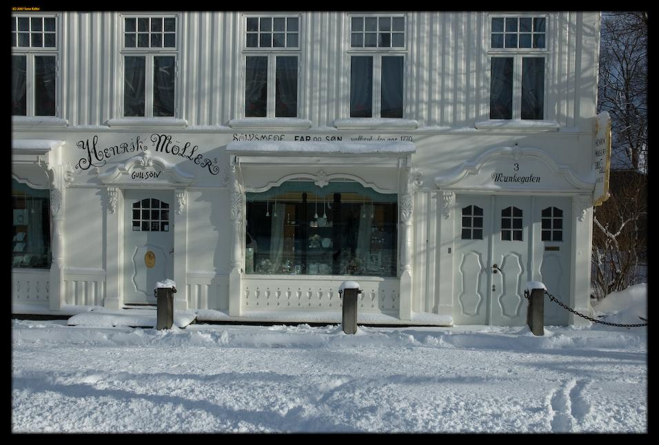 Henrik Mollers Gull + Solv by sirlatrom