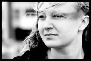 Kasia portrait by sirlatrom