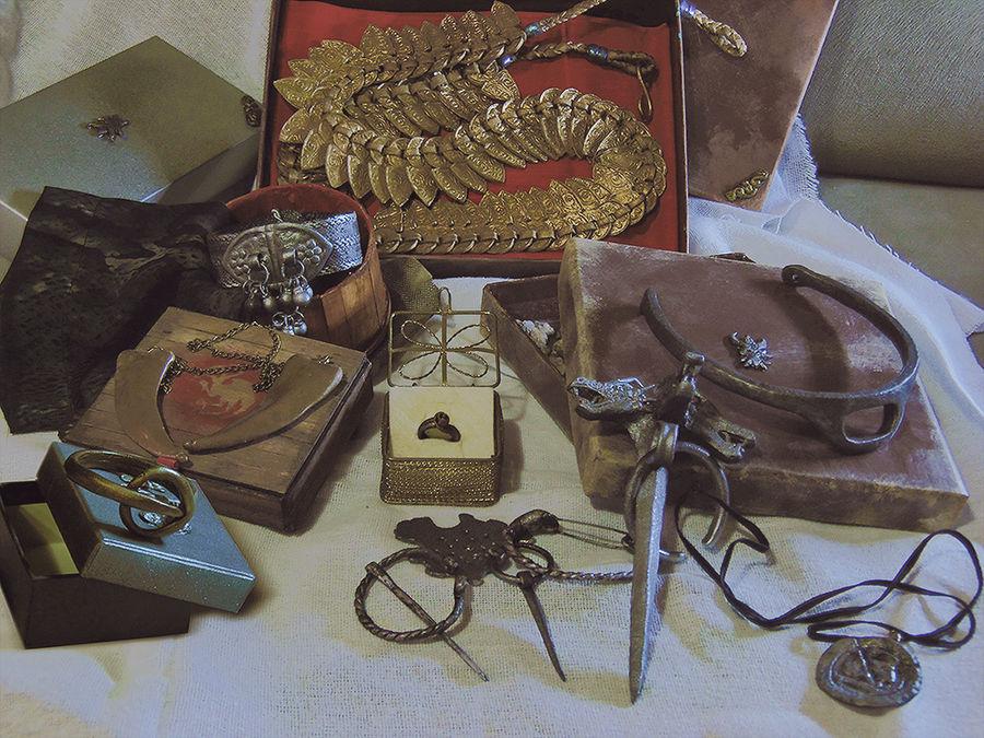 Daenerys Targaryen Jewelry Set