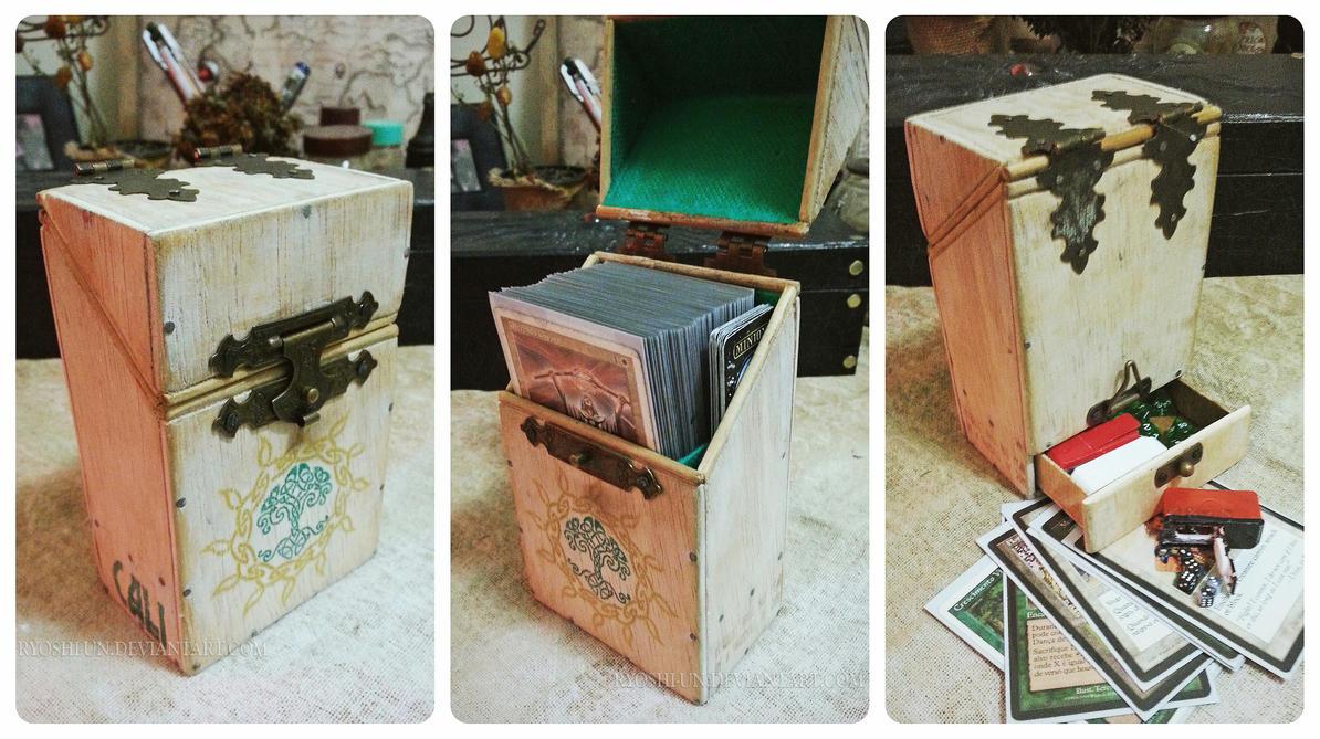 Wooden G/W MTG Deckbox by ryoshi-un