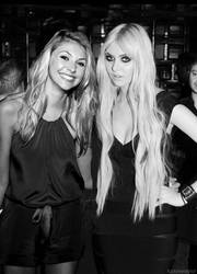 taylor momsen with taylor momsen by fuckin--eh