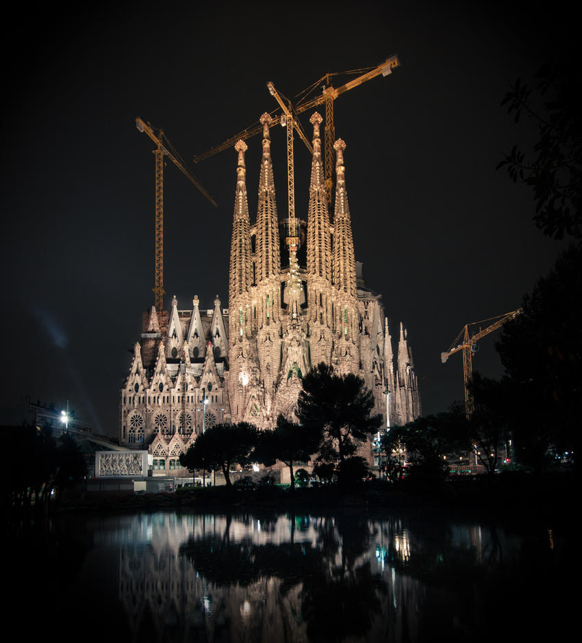 La Sagrada Familia by Franz-Mercury