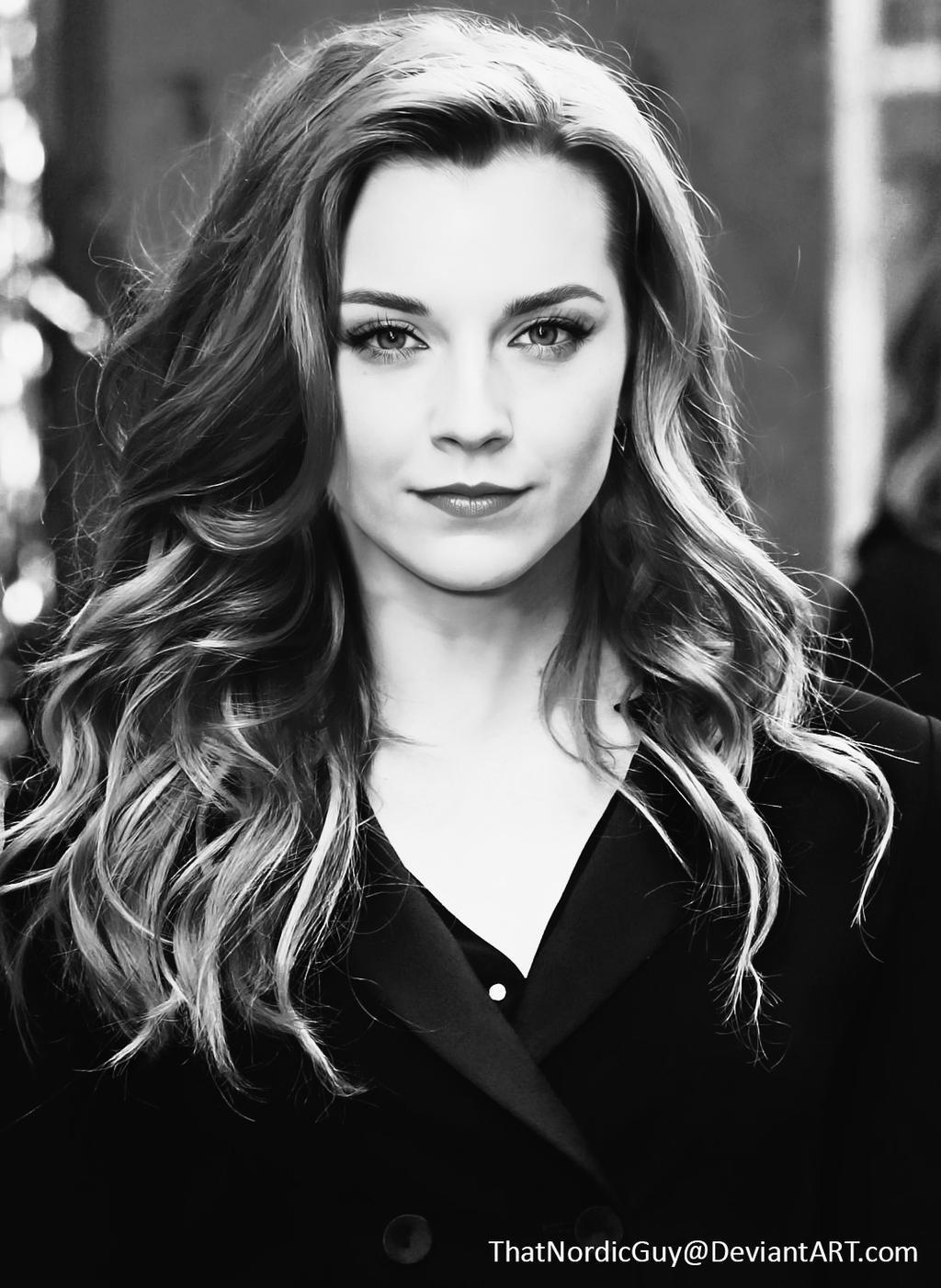 Natalie Dormer / Emma Watson [Black and White] by ThatNordicGuy