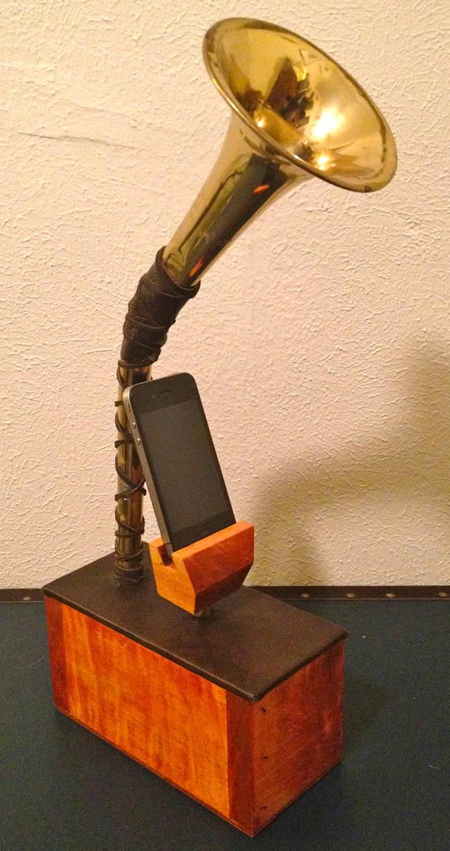 Steampunk iPhone dock!