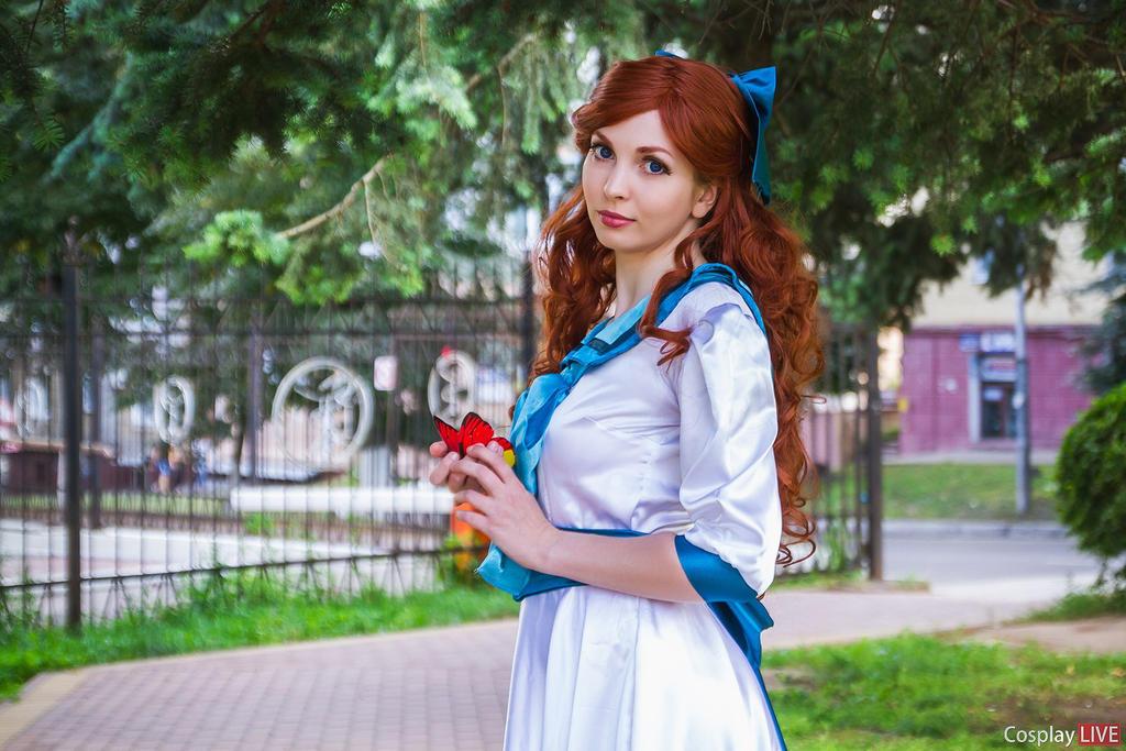 Anastasia by Azabeth-Sich