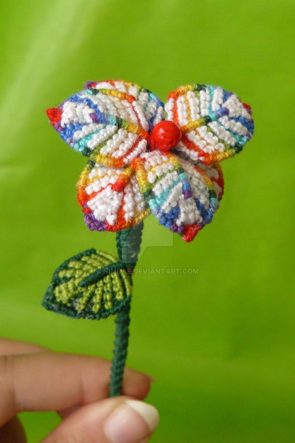 Carpe Florem by nimuae