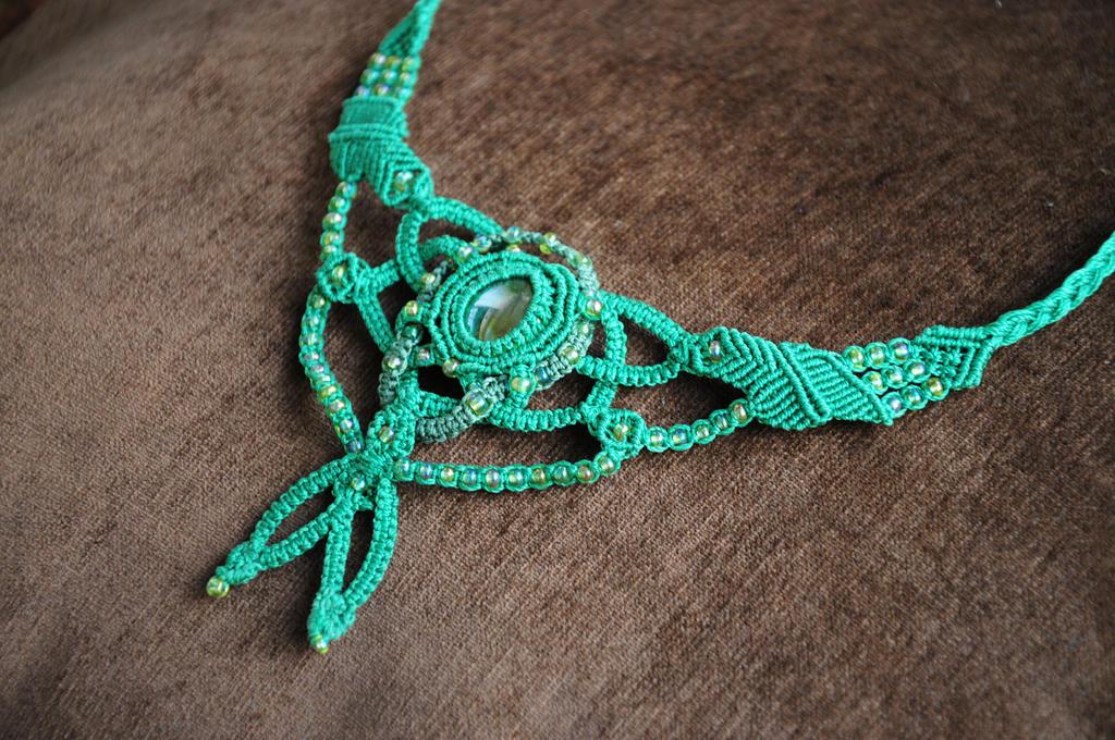 Green Necklace by nimuae