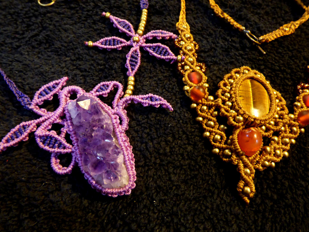 Some more macrame necklaces by nimuae