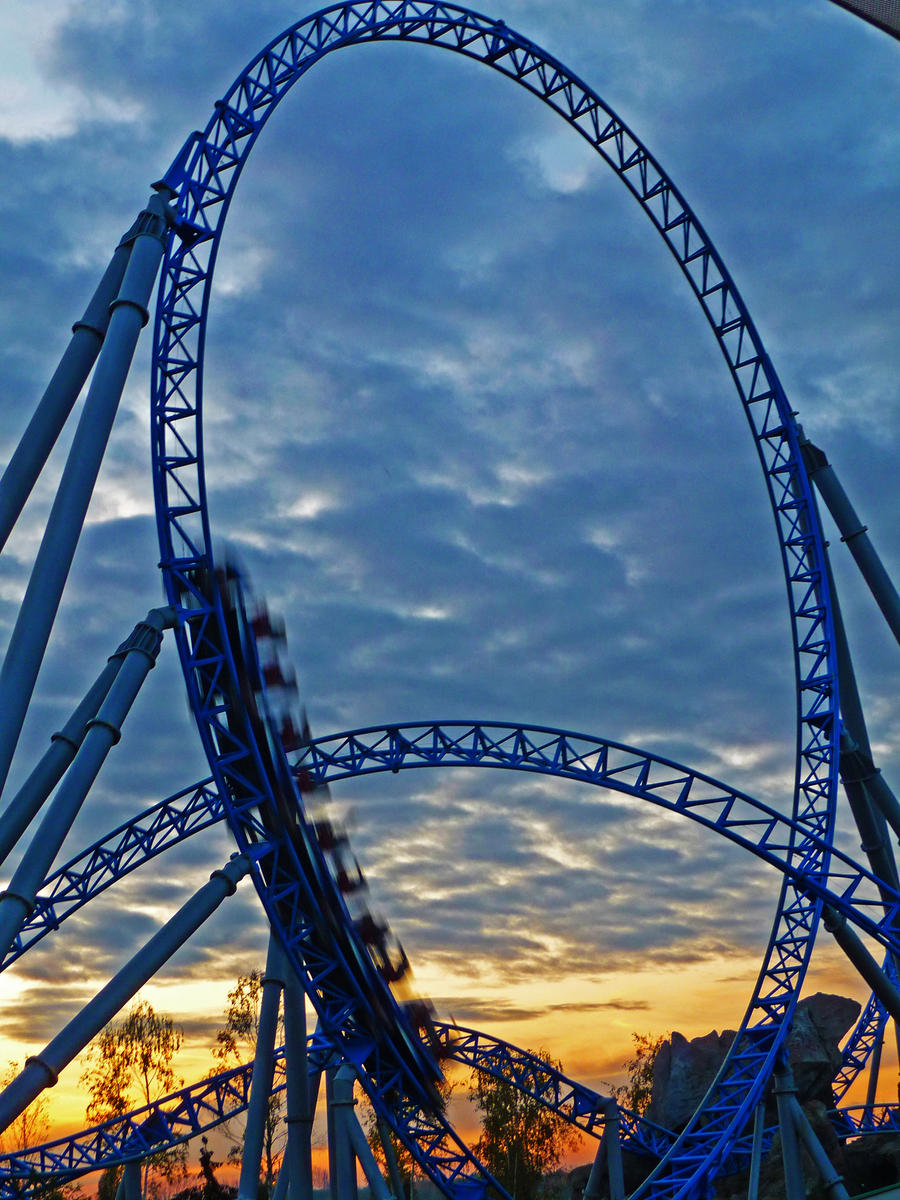 Plavo kao ... - Page 7 Rollercoaster_by_willihelm-d4h8c0z