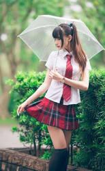 Girl with umbrella-0gwu12934a