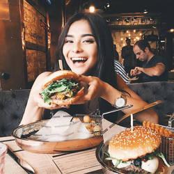 Hot_girls_fast_food-0hgff-020