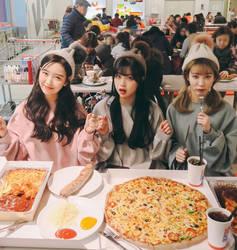 Hot_girls_fast_food-0hgff-040