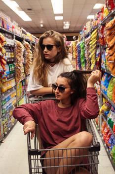 Hot_girls_fast_food_shopping-0hgffs-042