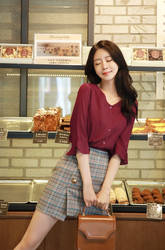 Hot_girls_fast_food_patisserie-0hgff-023