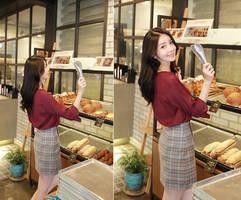 Hot_girls_fast_food_patisserie-0hgff-022