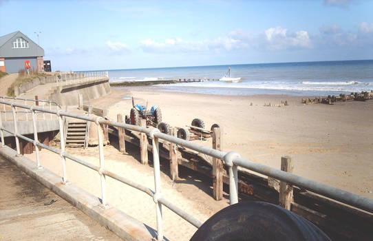 Beach_Sheringham_Norfolk_England-2008-1e