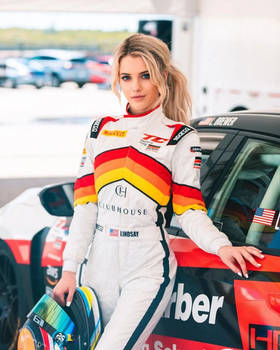 Lindsay Brewer-02... female racing car driver.