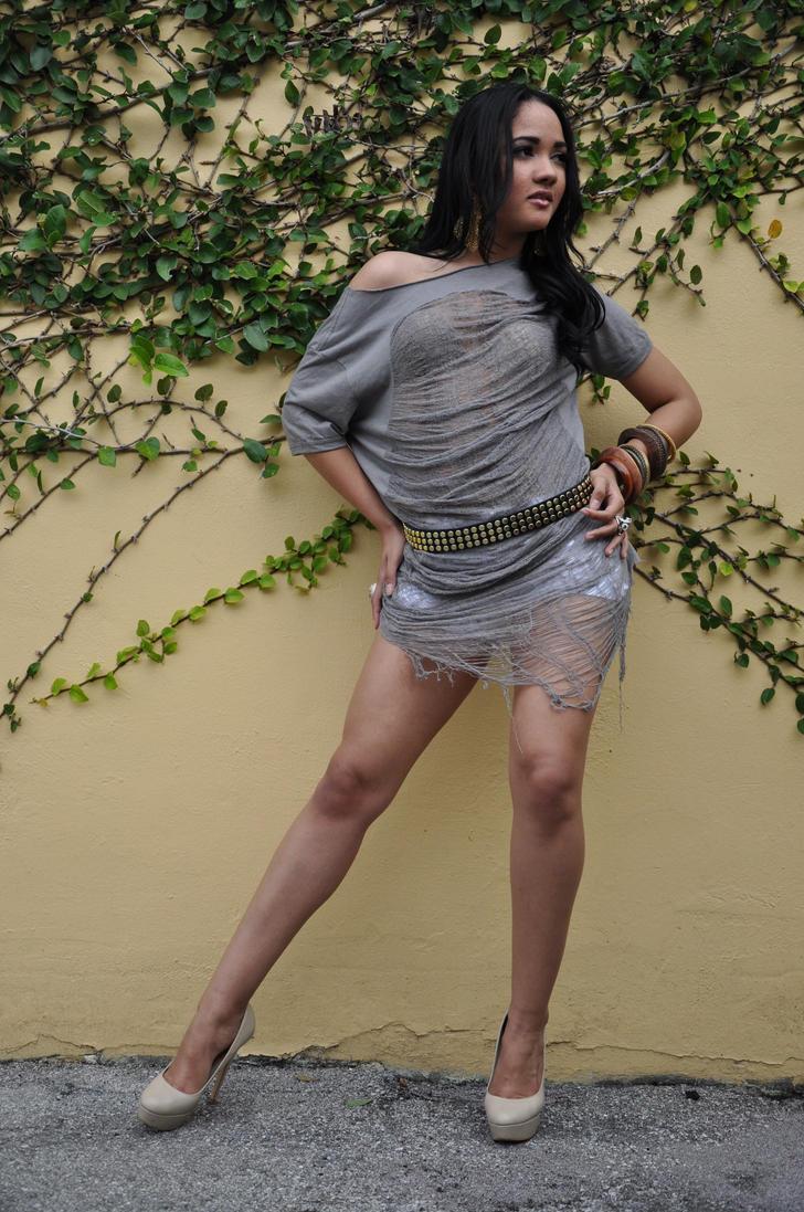 http://th08.deviantart.net/fs70/PRE/i/2010/314/b/f/brenda_santana____43_by_bradymiller-d32l55o.jpg