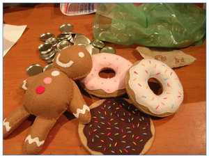 Felt donuts + gingerbread man by hand-sewers-unite
