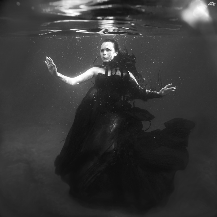 Deeper than black by SoranoSuzu