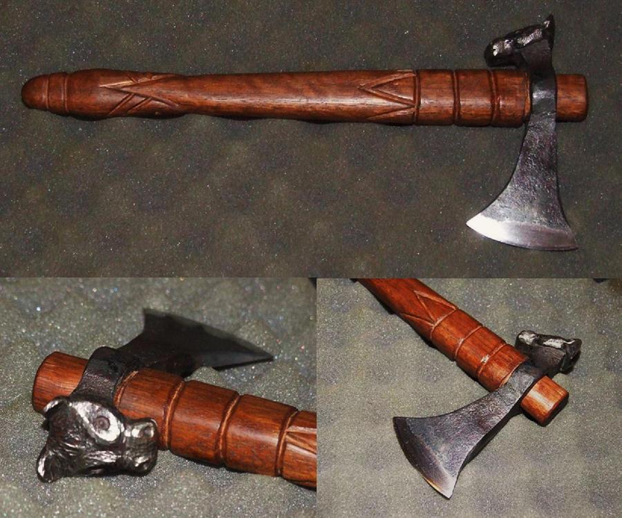 Horse head tomahawk by Wolfie-83