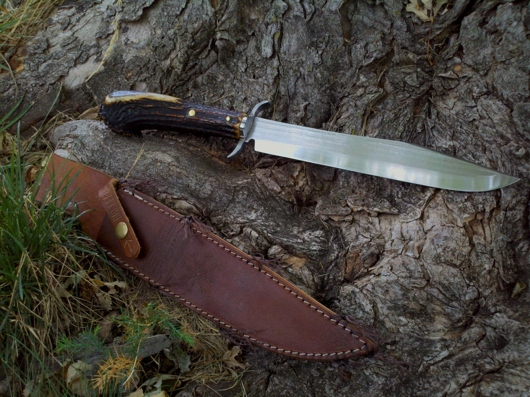 frontiersman_bowie_knife_by_wolfie_83-d5bol1p.jpg