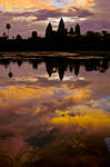 Dawn at Angkor wat by sumanprajapati