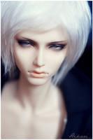 So white by Misrav