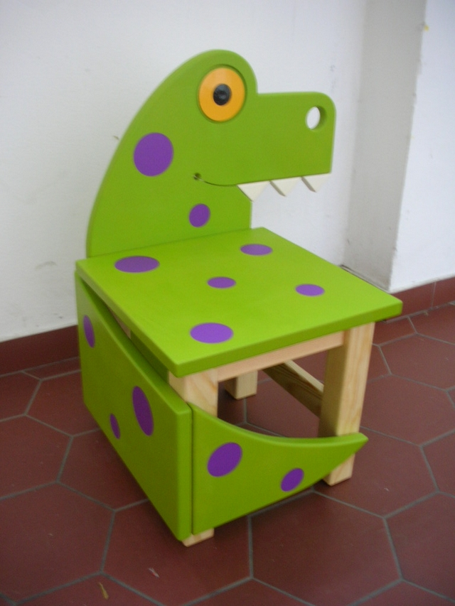 Dinosaurs, Kid chair and The dinosaurs on Pinterest