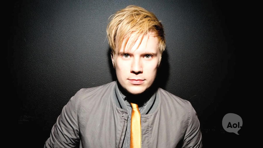 Patrick Stump Wife, Son, Height, Weight, Age, Quick Facts