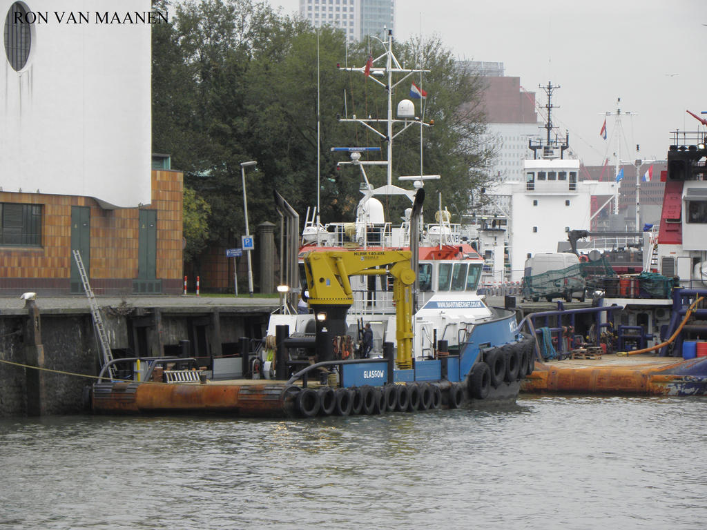 Tug MCS Lenie 2008- by roodbaard1958