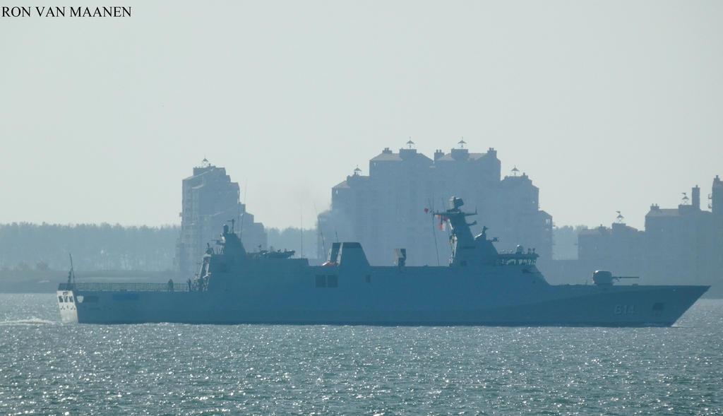 Royal Moroccan Navy Sigma class frigates / Frégates marocaines multimissions Sigma - Page 26 Moroccan_frigate_sultan_moulay__ismail__614__2009__by_roodbaard1958_ddiz2ee-fullview.jpg?token=eyJ0eXAiOiJKV1QiLCJhbGciOiJIUzI1NiJ9.eyJzdWIiOiJ1cm46YXBwOjdlMGQxODg5ODIyNjQzNzNhNWYwZDQxNWVhMGQyNmUwIiwiaXNzIjoidXJuOmFwcDo3ZTBkMTg4OTgyMjY0MzczYTVmMGQ0MTVlYTBkMjZlMCIsIm9iaiI6W1t7ImhlaWdodCI6Ijw9NTg5IiwicGF0aCI6IlwvZlwvNWZjMGI1NzktMjkwOS00ZWM2LWIzZDctMzdmYTZlNDYyYWU2XC9kZGl6MmVlLWU4ZGEzNGQyLWYyY2ItNGFiYi1iZTFjLTI4OTcyNDEzNzUwMi5qcGciLCJ3aWR0aCI6Ijw9MTAyNCJ9XV0sImF1ZCI6WyJ1cm46c2VydmljZTppbWFnZS5vcGVyYXRpb25zIl19