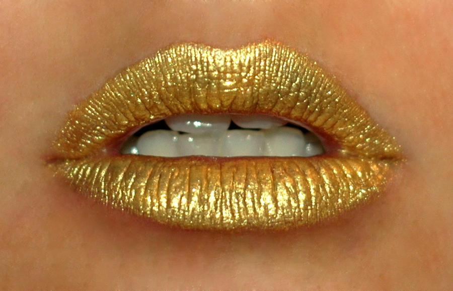 Gold by michelleem