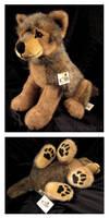 Lifesize Kosen Sitting Wolf Pup
