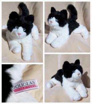 Douglas Medium Floppy Cat - Checkers Blk + Wht Cat