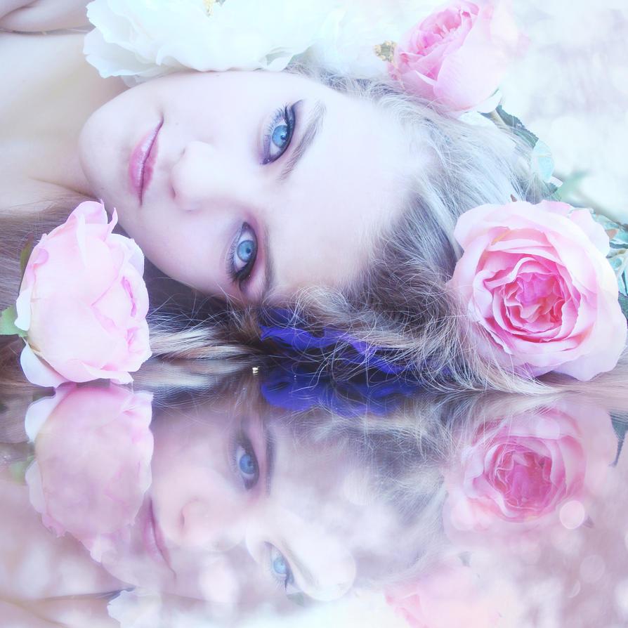 Zena i cvece Vitreous_by_thedarkknightkik-d3qggny