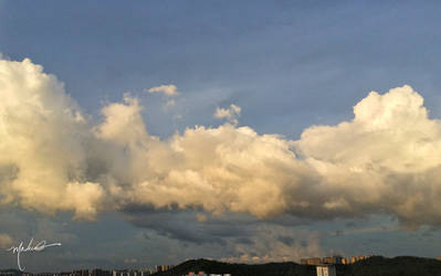 Sunset cloud by XamgnueL