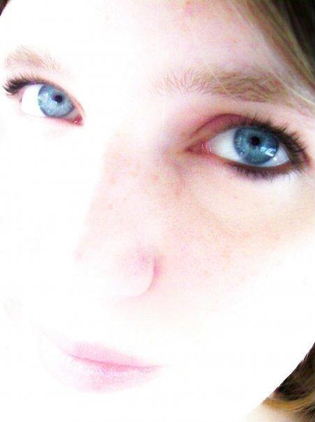 Anzeo's Profile Picture