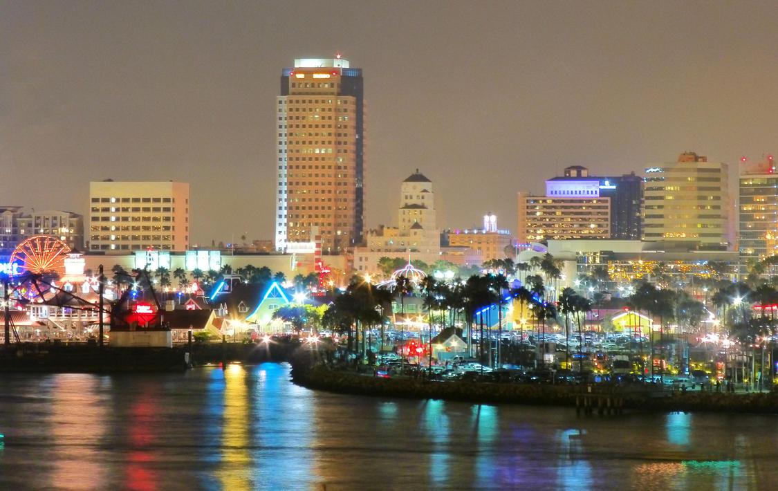 Beautiful Long Beach by Anzeo