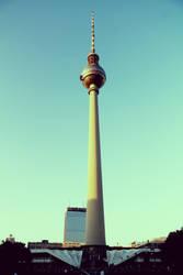 Berlin Radio Tower by HQN89
