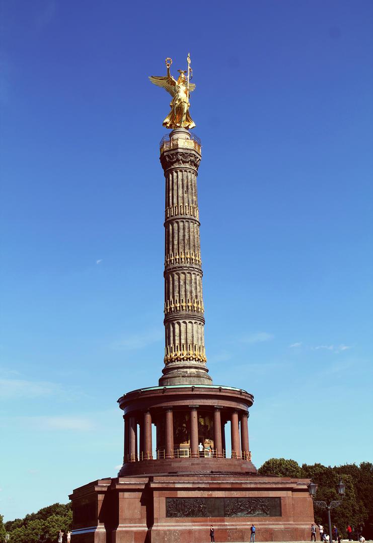 Berlin Victory Column by HQN89