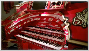 Mighty WurliTzer at Tennessee Theatre 5