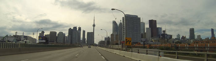 Toronto highway by XaBe20
