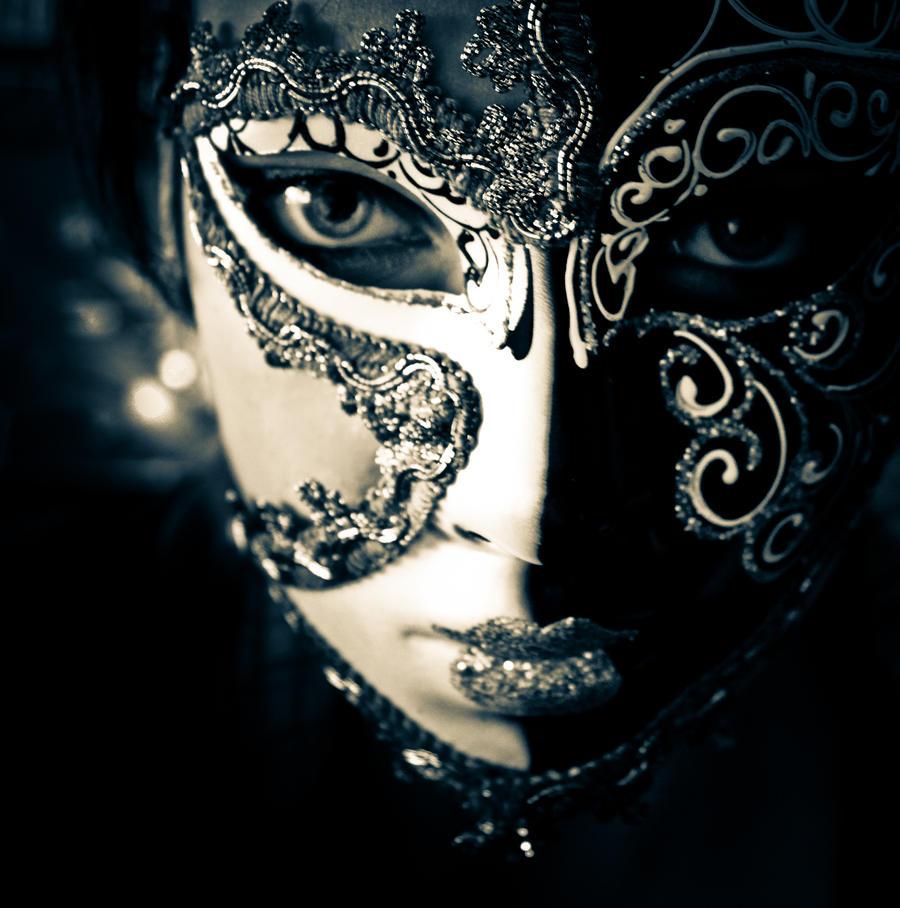 wearin' a mask by InesRehberger