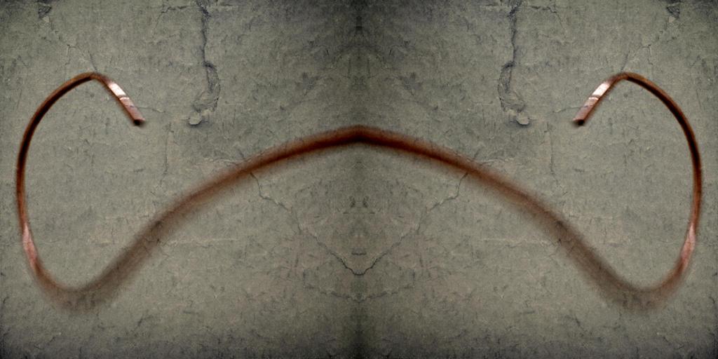 Moustache by Saradesbois