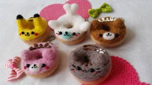 Needlefelt Animal Donuts w Pikachu and Mamegoma