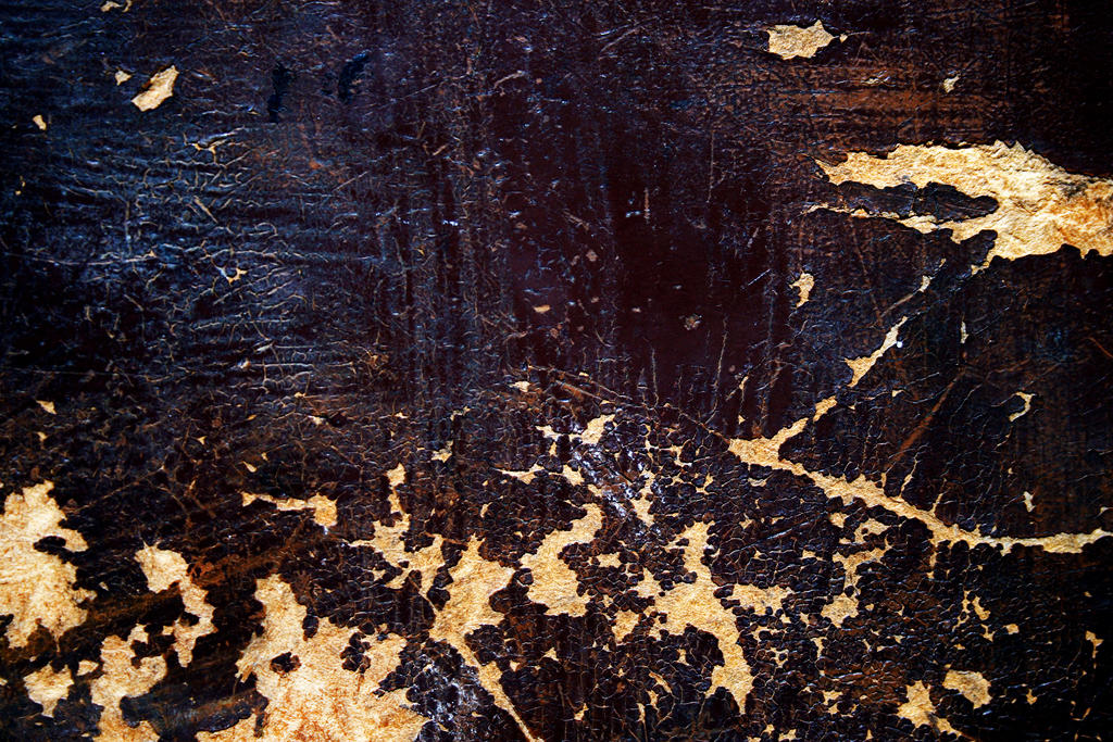 Scratches on painted wood by mercurycode