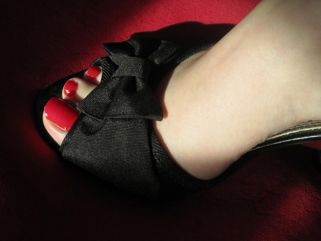 My feet tired from walking Elegance_by_santian69-d3cw0v6